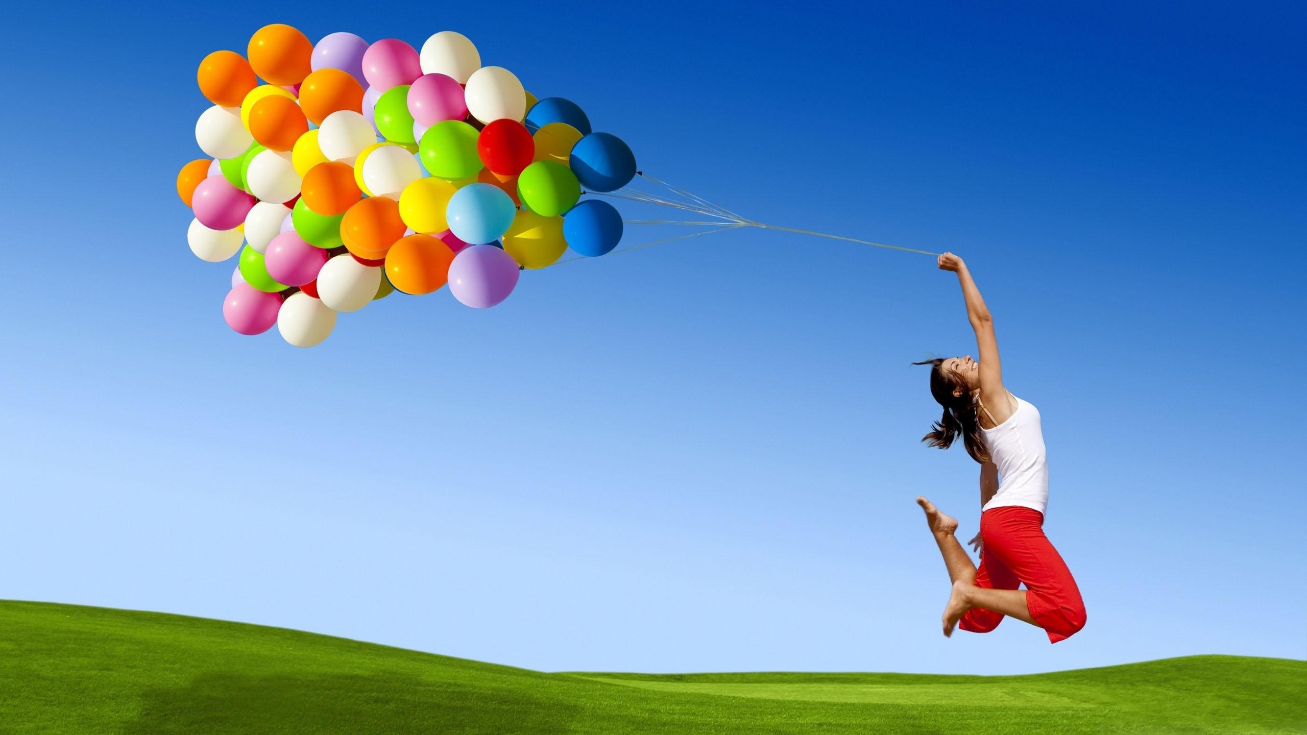 766-balony-kobieta-szczescie