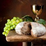 8690424-sacred-kielich-wina-z-winogron-i-chleb-aswia-tej